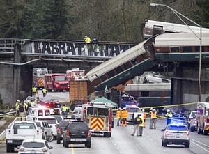amtrak train derailment